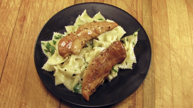 Smoked Chicken with Farfalle and Alfredo Sauce